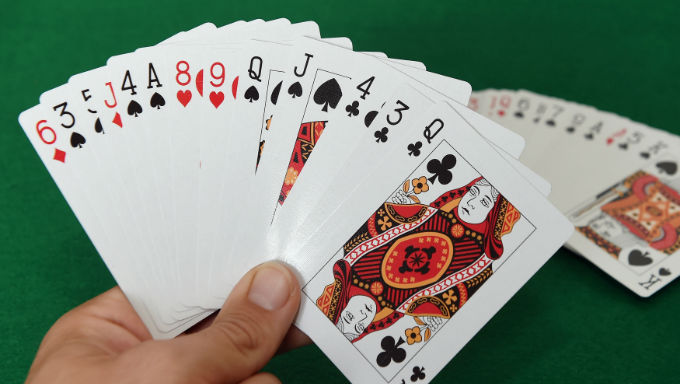 How to make playing poker a good pass time?